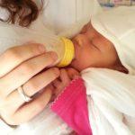母乳が出ない。悪い母親だと自分を追い込んだ最初の育児の悩み。